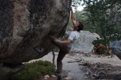 stephen-bouldering